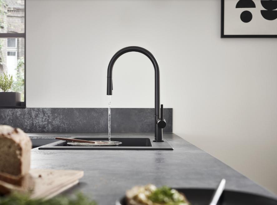 Hansgrohe lanza la nueva gama de grifería para cocina Talis M54, que aúna diseño y máxima funcionalidad