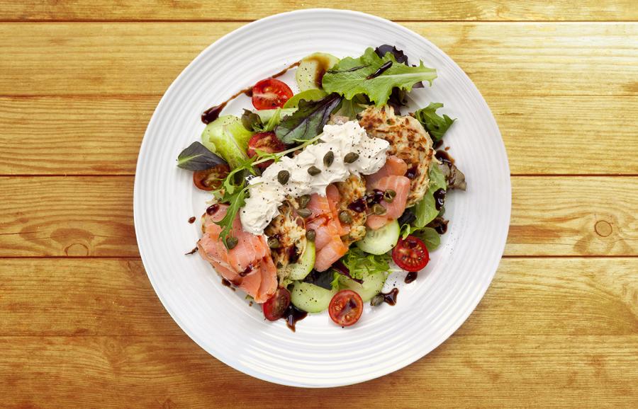 Receta: Ensalada con salmón ahumado