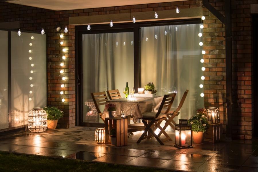 Tips para convertir tu terraza en un rincón mágico por las noches