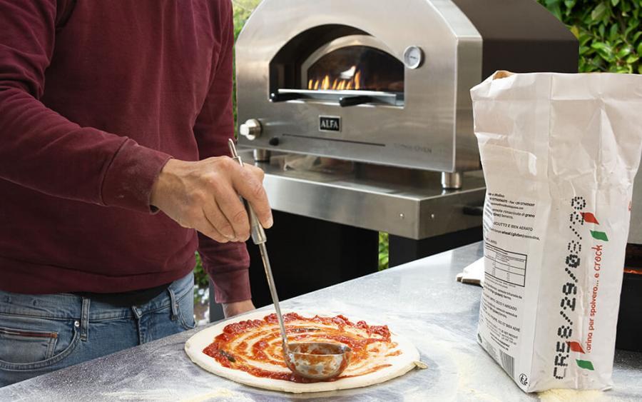 STONE OVEN, el horno de leña y gas que renueva el diseño de las cocinas de exterior más exclusivas.
