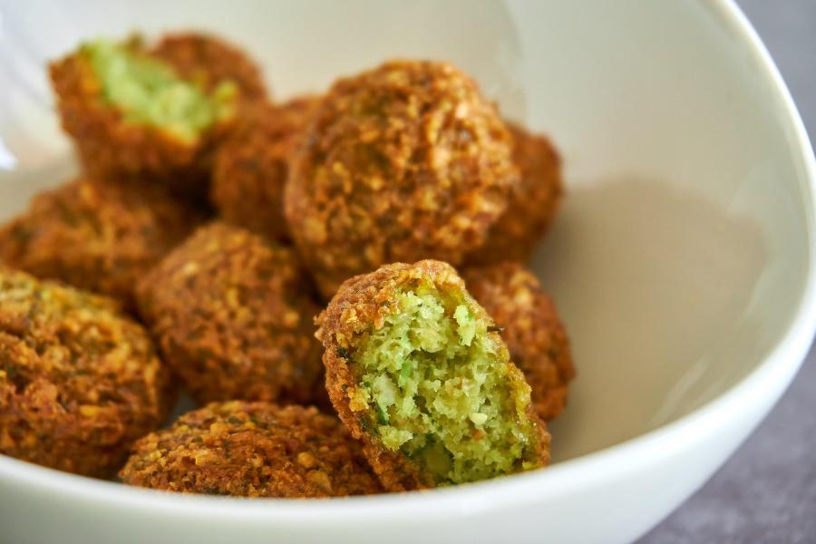 Albóndigas veganas de aguacate y quinoa