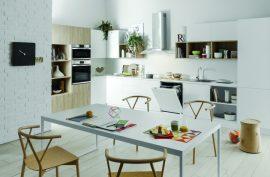 Cocinar es mucho más fácil con la gama de encastre Aria de Indesit