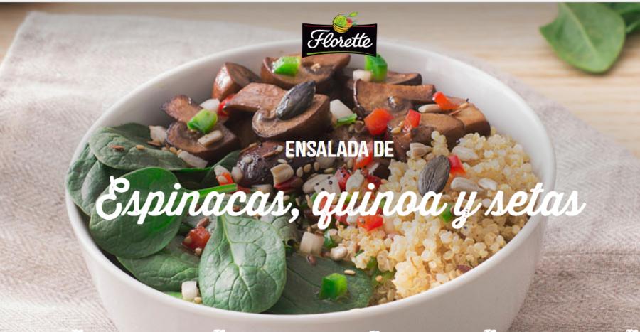 Ensalada de quinoa, brotes de espinaca y portobello.