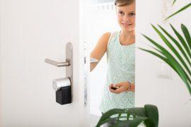Niños en la casa conectada: cómo las smarthomes ayudan a crear un entorno adecuado y seguro