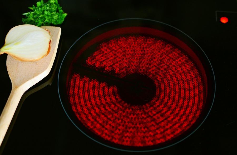 ¿Cómo limpiar bien la vitrocerámica?