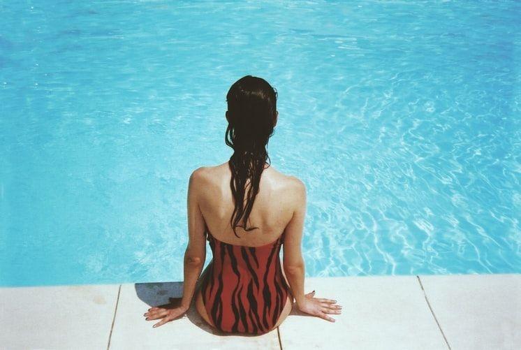 claves para un correcto lavado del cabello en verano