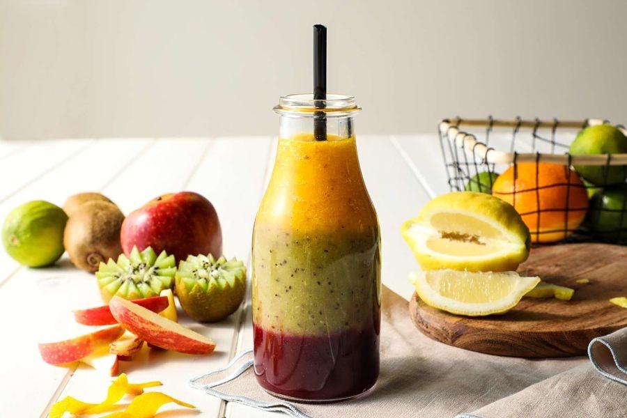 Cinco smoothies con frutas y verduras para refrescar tu verano de forma saludable